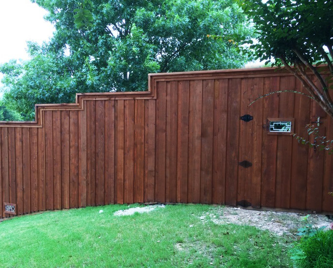 Fence Companies Lewisville | Wood Fences | Privacy Fences | Fence Replacement | Lewisville Fence Company