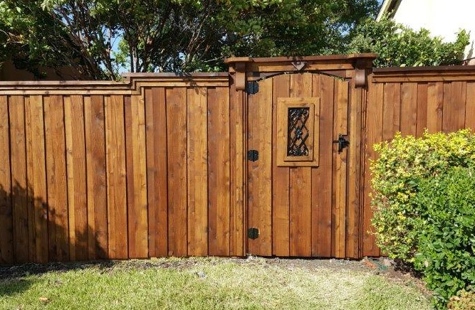 Fence Companies Lewisville TX | Wood Fencing | Wrought Iron Fences | Privacy Fencing | Lewisville Fence Company