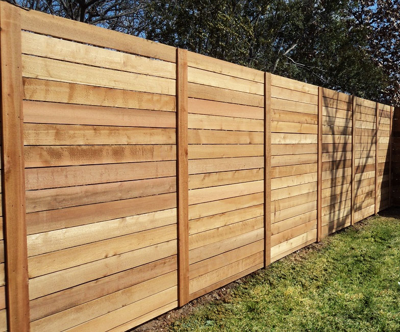 Charmant Call A Better Fence Company Today For A Free Horizontal Wood Fence  Estimate! (940)220 9099