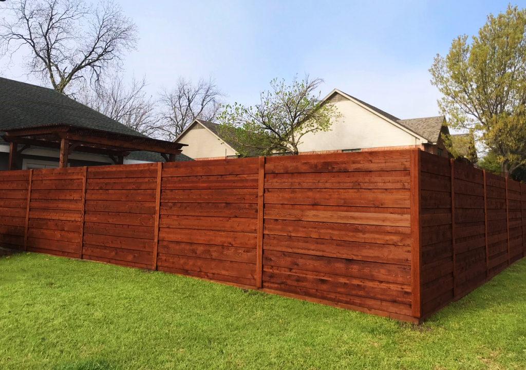 Horizontal Fence Contractors | Horizontal Wood Fencing | Horizontal Fence Builders | Cedar
