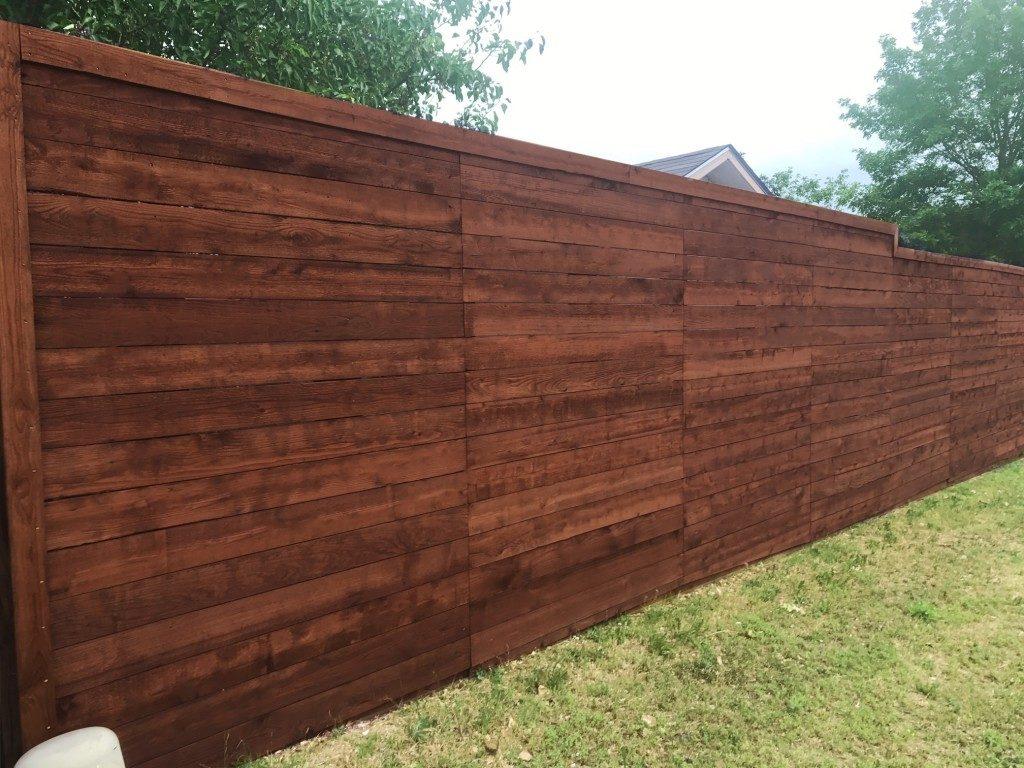 Horizontal wood fences a better fence company horizontal fences horizontal wood fences baanklon Images