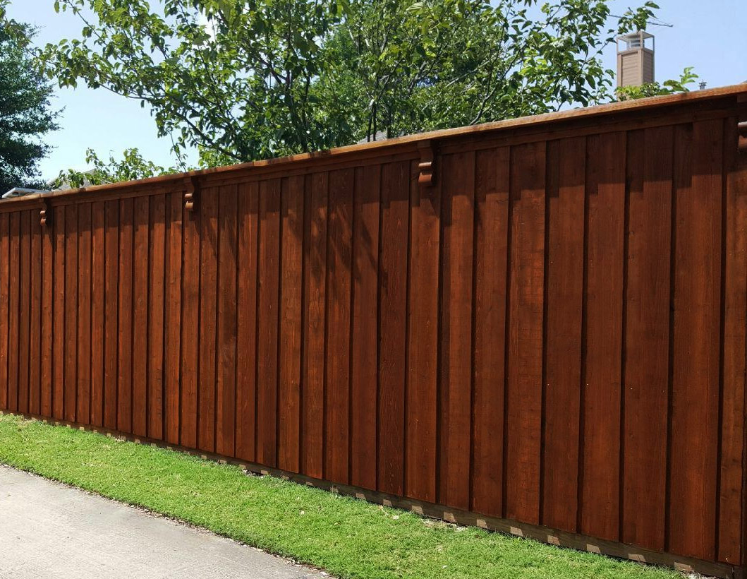 Privacy fences a better fence company board on board for Fences privacy