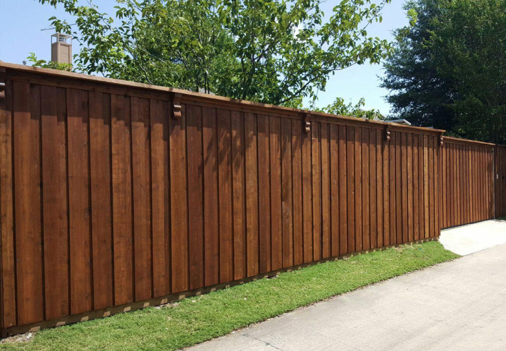 Plano Fence Companies | Board on Board Fences Plano | Cedar | Metal Posts