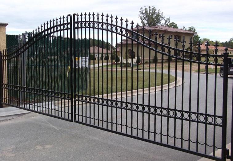 Driveway Gate Companies Frisco   Automatic Gates   Wrought Iron Gates